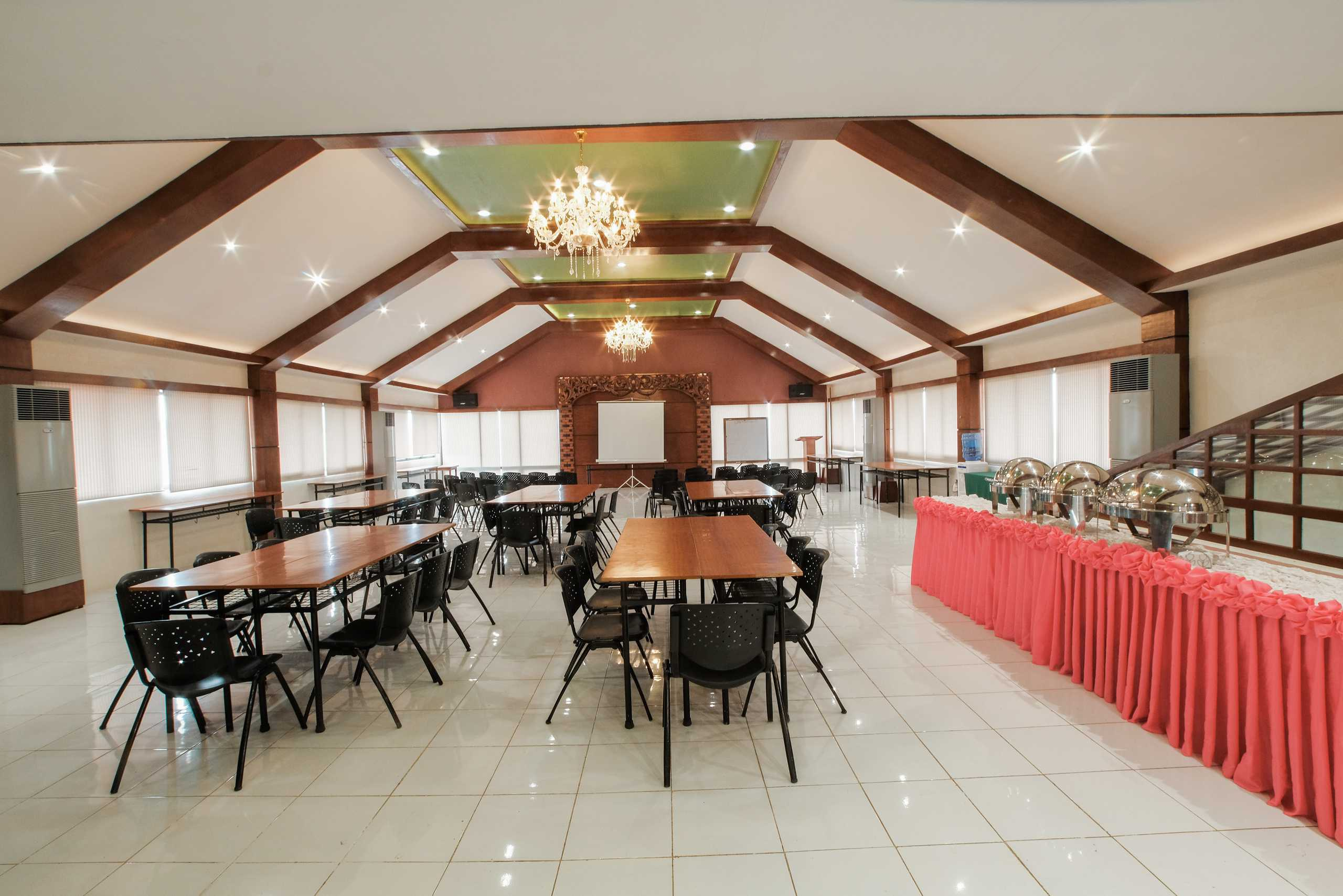 Conference and Meeting Hall 6